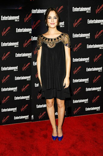 Leighton-Meester-Wearing-A-Temperley-London-Dress-And-Christian-Louboutin-Shoes-At-Arrivals-For-Entertainment-Weekly-Vavoom-Network-Tv-Upfron