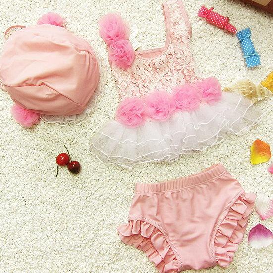 大小女童韓國寶寶嬰幼兒夏季可愛蕾絲比基尼分體式兒童泳衣+泳帽三件套(粉紅色款)