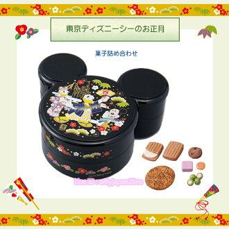 【真愛日本】新年正月日式和風米奇造型雙層禮盒 迪士尼樂園限定新年 新品 禮盒 食品