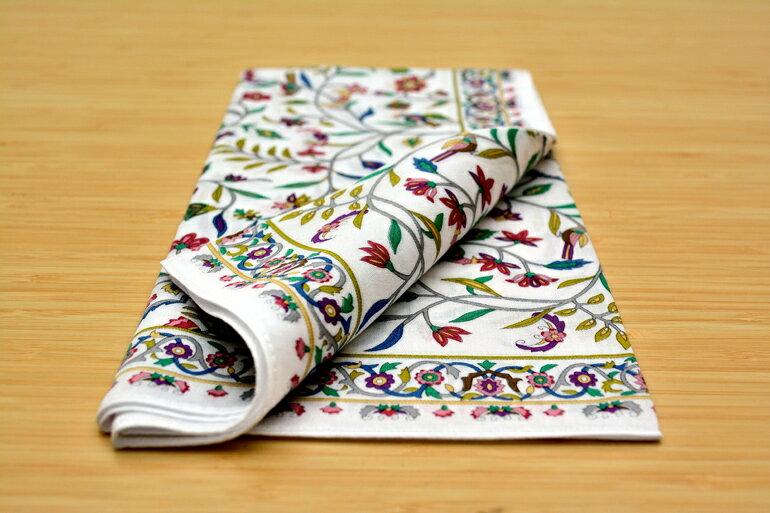日本集采苑 - Kaen Series 華苑手帕/方巾/頭巾禮品袋《日本設計製造》《全館免運費》,從設計、織法、染印到織工,每個階段皆由一流頂尖職人親自完成