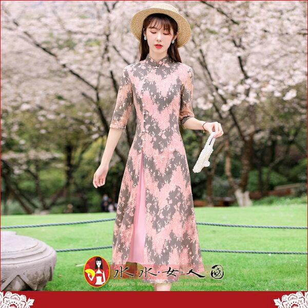 【水水女人國】~優雅浪漫旗袍風~捻花。復古典雅繡線花朵蕾絲改良式時尚日常修身顯瘦七分袖寬擺裙長旗袍洋裝