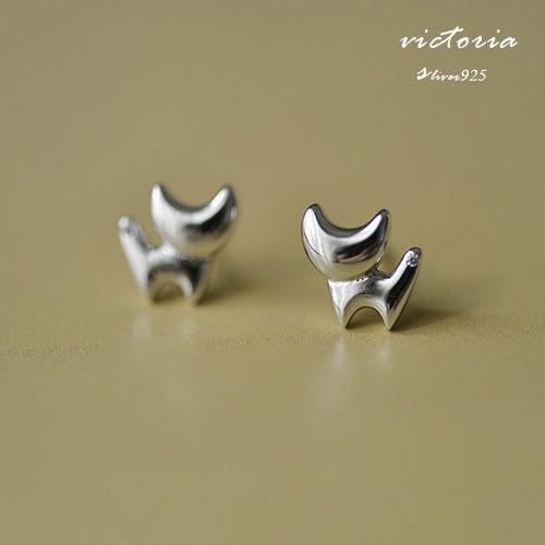 Victoria:S925銀簡單造型貓咪耳環-維多利亞160571
