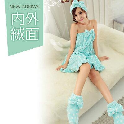 <br/><br/>  冬季睡衣~出浴暖暖三件式法蘭絨睡衣~睡裙(可當浴裙)+髮帶+加高室內襪(內層絨加量綿密)<br/><br/>