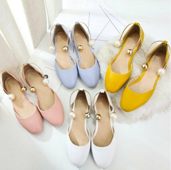 Pyf♥新款韓版糖果色方頭百搭粗跟淺口中空珍珠扣平底上班鞋加大46大尺碼女鞋