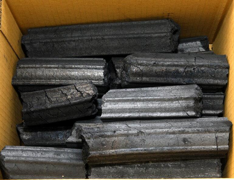 烤肉炭精 木柴精煉 低煙 不爆炭 比木炭更持久 BBQ-Charcoal