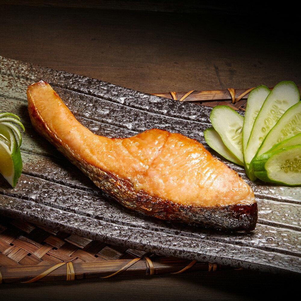 【海鮮主義】鹽麴鮭魚(165g/盒) ●融合乾式與溼式的熟成技術,獨家熟成48分鐘  ●促使食材進化,提升美味口感  ●已調味,輕鬆料理即可上桌  ●口感鮮甜美味,肉質軟嫩
