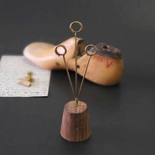 木質桌上型名片夾