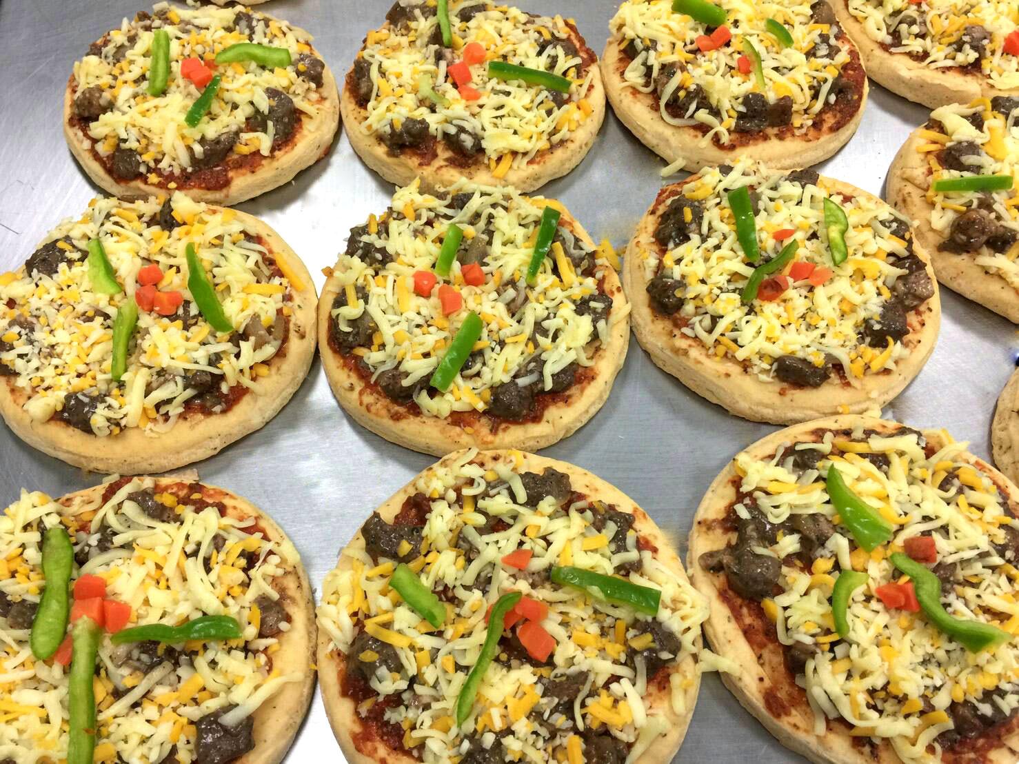 瑪莉屋口袋比薩pizza【風味特醃牛排披薩】厚皮 / 一入 9