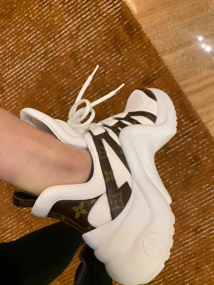 Louis Vuitton 潮鞋代表 Archlight Size 38.5 麋鹿公主歐美時尚