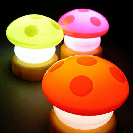 【省錢博士】蘑菇拍拍燈 / 裝飾夜燈 / 床頭燈 / 隨機出貨