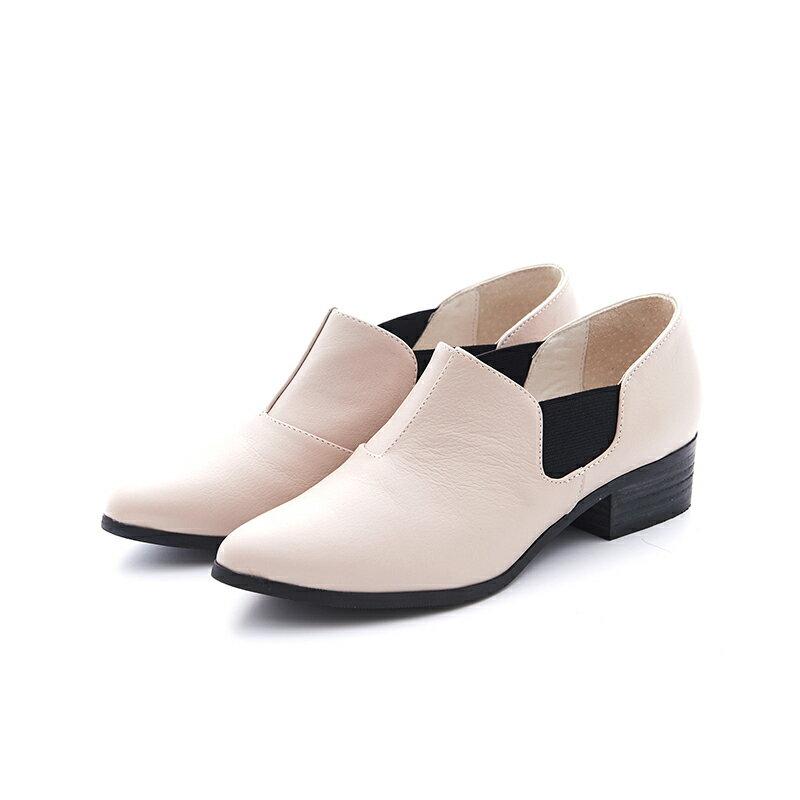 【B2-16209L】黑白系列尖頭側鬆緊鞋_Shoes Party 4