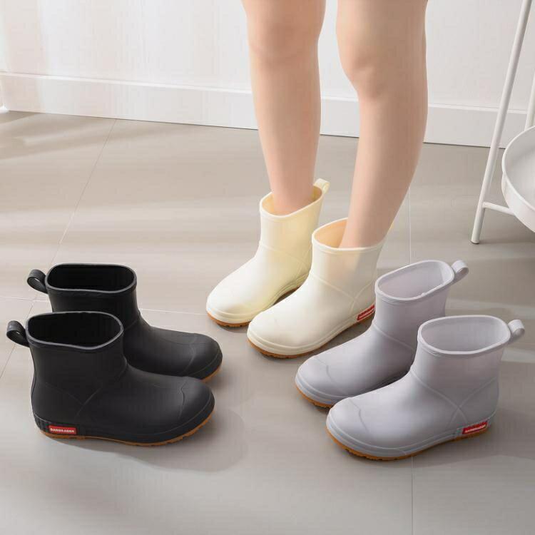 雨鞋 時尚外貿雨鞋女學生雨靴中筒外穿橡膠靴女防水防滑水鞋潮流工作鞋 16育心 奇貨居0313