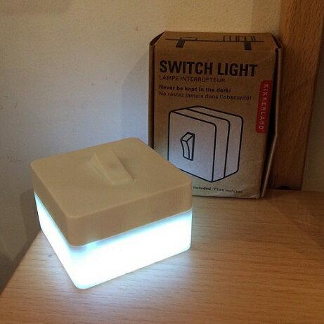 this-this|美國 kikkerland 創意造型 無線LED燈