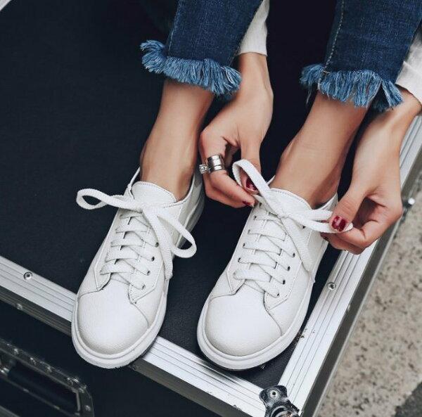 Pyf♥超好搭亮片小白鞋厚底繫帶百搭休閒板鞋運動鞋43大尺碼女鞋