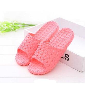 PS Mall 家居浴室防滑漏水拖鞋情侶男女厚底塑膠夏季洗澡涼拖鞋【J2245】