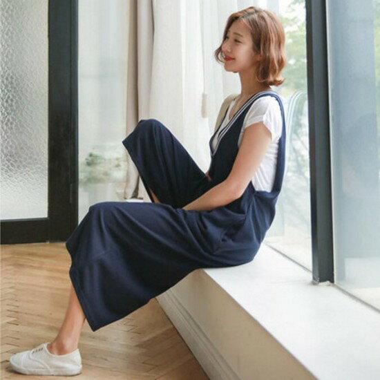 《現貨出清5折》條紋前後V領連身褲(共2色,M-2XL) - 梅西蒂絲(現貨+預購) 1