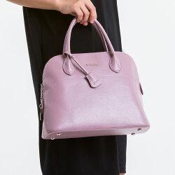 【le Lufon】貝殼包 粉紅色荔枝紋皮革小鎖扣貝殼包(M) 兩用手提包 /側背包 /斜背包(粉紅/淺藍二色)保齡球包型