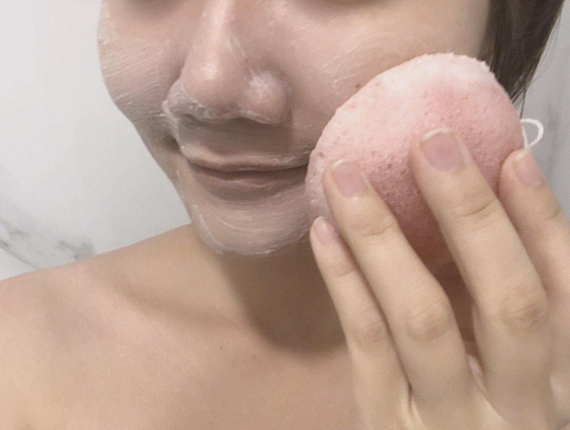 〔讓我皂顧你〕蜜桃輕顏皂+天然潔膚蒟蒻球-2入組 臉部保養 / 美容皂 / 手工洗臉皂 / 保濕 / 敏感肌可用 / 去角質 / 毛孔清潔 / 代謝老廢角質 / 環保材質 9