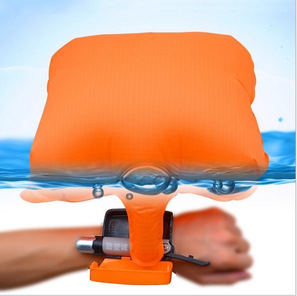 一組=800元*救生手環防溺水手環漂浮腕帶自救手環求生手環緊急水上求生CO2充手環游泳潛水水上活動。