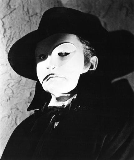 The Phantom Of The Opera Claude Rains 1943 Photo Print (8 x 10) 93d49ab839e3f9ce67899418eb9dafa5
