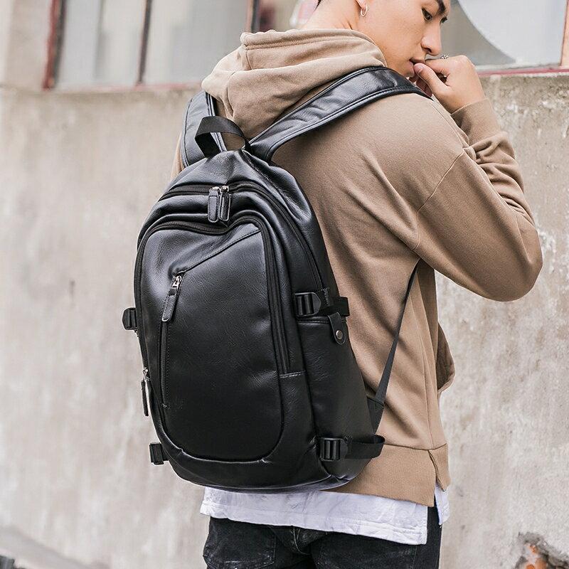 <br/><br/> PocoPlus 新款大容量潮男戶外旅行包行李包背包 男士百搭雙肩包電腦包 B1269<br/><br/>