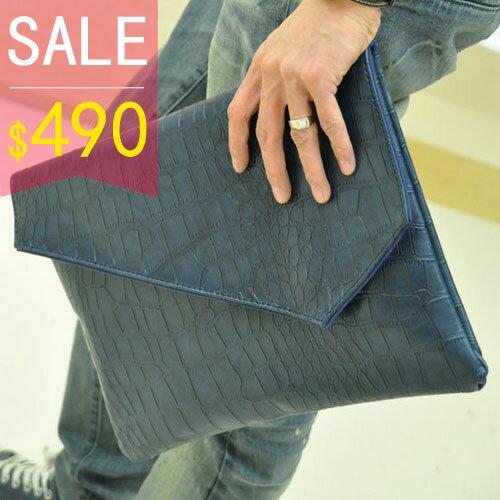 《全店399免運》PocoPlus 鱷魚皮紋磁扣信封包 鱷魚皮紋手拿包 文件包 手抓包 公事包【B129】