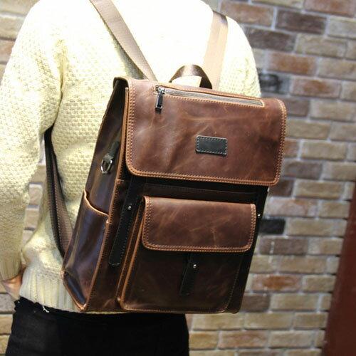 《全店399免運》PocoPlus 韓版手提包 三用包 電腦包 後背包 書包 瘋馬皮紋款 英倫【B249】