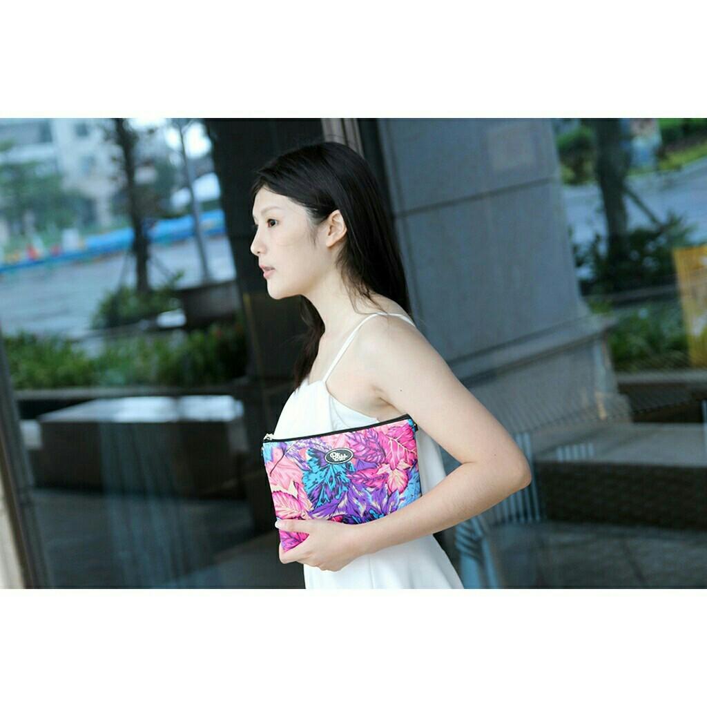 【正版】泰國BLISS BKK包手拿包側背包斜背包-花花藍  (4款背帶可選) 影片實拍 X RUNWAY FASHION ICON 2