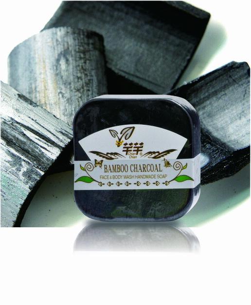 CHIAN-CHIAN 芊芊 : 竹炭毛孔手工肥皂 100±5g 1入 ?鎧霆健康生活小舖?