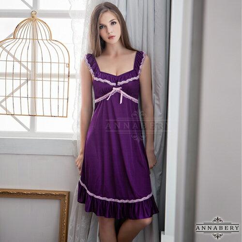 <br/><br/>  亞娜絲情趣用品  荷葉肩帶紫色浪漫柔緞大尺碼睡衣<br/><br/>