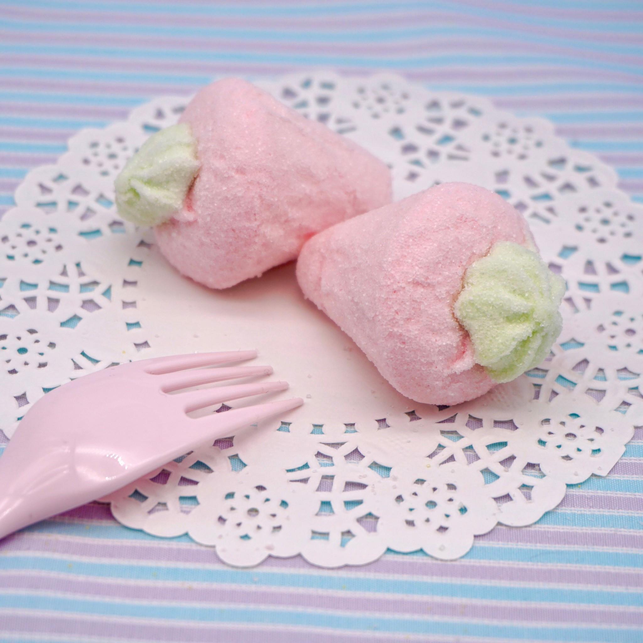 嘴甜甜 寶格麗草莓棉花糖 200公克 棉花糖系列 大草莓 黃色香蕉 棉花糖 義大利 寶格麗 香蕉 草莓 香菇 小花 冰淇淋 現貨