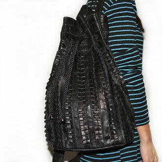 【T-HOMME x LINNATE】質感小羊皮軟皮革拼接設計復古中性休閒水桶包後背包書包