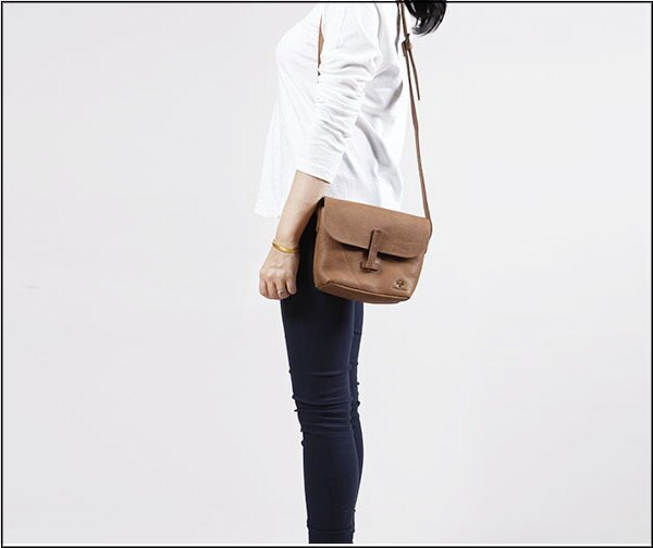 ~T~HOMME~JAPAN  KOREA 復古 製正牛皮 特殊厚料 製作女包 女側背包