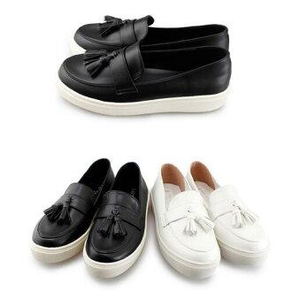 【My style】富發牌-FA96 質感流蘇樂福鞋,黑23-25、白23、24、24.5號。任兩雙免運
