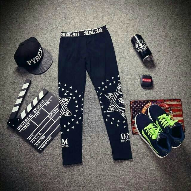 【My style】黑色內搭褲。星星/英文字/十字