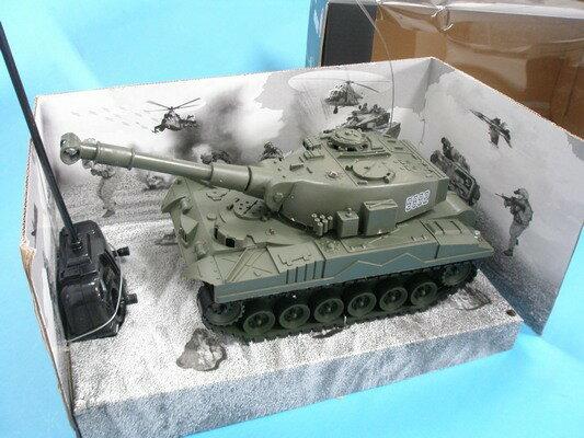 遙控聲光坦克車 遙控坦克車 遙控戰車(聲光/附電池)/一台入{促499}