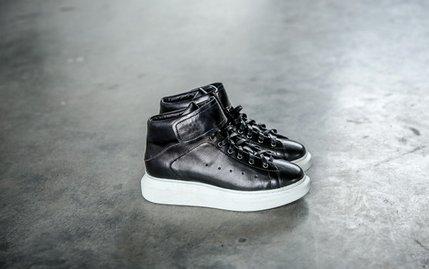 FINDSENSE服飾:FINDSENSEMD日系高品質時尚潮黑白高幫低跟休閒鞋板鞋