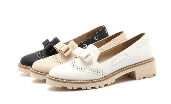 Pyf♥英倫小皮鞋牛津鞋平底樂福鞋蝴蝶結復古雕花中跟43大尺碼女鞋