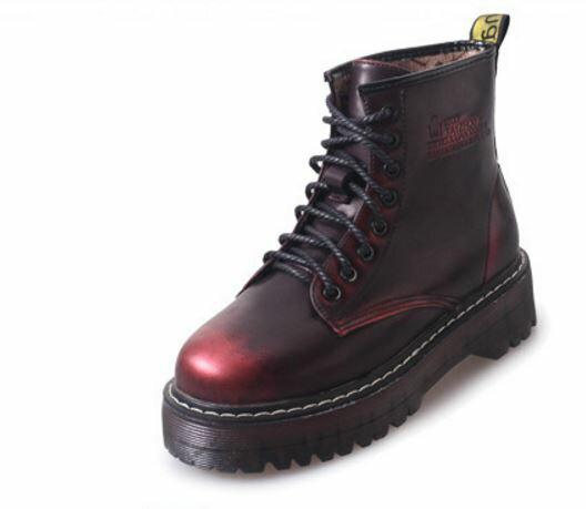 四季百搭不敗款龐克厚底英倫黑色金屬光感復古綁帶街頭潮流短靴坡跟古銅擦色馬丁靴