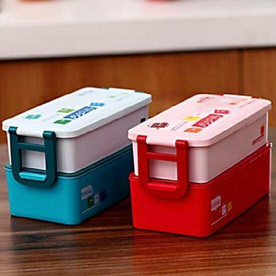 ♚MY COLOR♚可愛卡通樂扣式便當盒 雙層 湯匙 飯盒 可微波 加熱 菜盒 保溫 野餐 露營【N43】