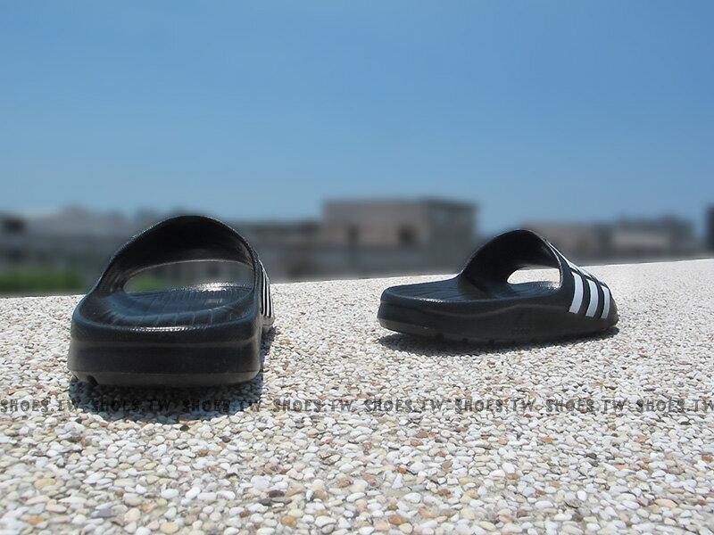 Shoestw【G06799】ADIDAS DURAMO K SLIDE 拖鞋 中大童 一體成型 黑色 2
