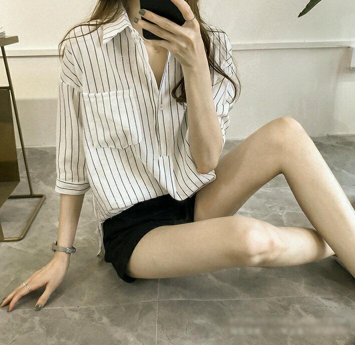 【V2525】shiny藍格子-文青女孩.條紋口袋寬鬆七分袖襯衫上衣 7