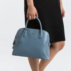 【le Lufon】貝殼包 淺藍色荔枝紋皮革小鎖扣貝殼包(M) 兩用手提包 /側背包 /斜背包(粉紅/淺藍二色)保齡球包型