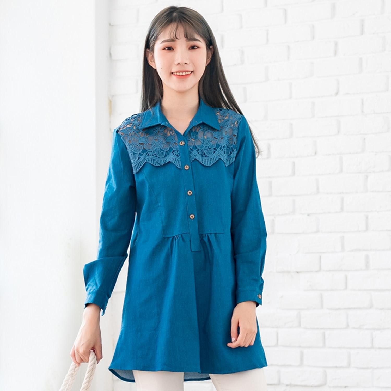 長版襯衫--知性浪漫蕾絲拼接仿木鈕扣抓皺寬鬆修身長袖襯衫(藍L-2L)-I121眼圈熊中大尺碼 0