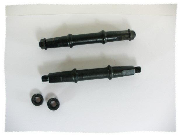 四方型鎖牙式BB軸心(3S/124mm長)《意生自行車》
