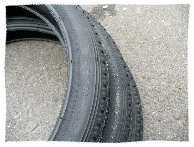 正新輪胎16 x 1.75 細紋《意生自行車》