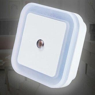 方形LED感應小夜燈(顏色隨機) 小夜燈 光控燈 節能燈 臥室 床頭燈 智能燈【B063010】