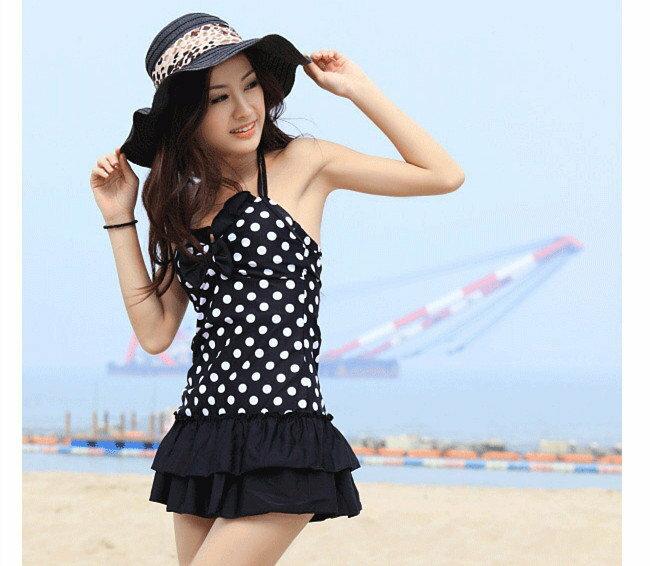 《馬汀精選泳衣》黑底白點蛋糕裙 俏麗款 連身泳衣 可愛