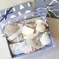 彌月禮盒推薦到特製小羊抱毯男寶寶精緻彌月滿月禮盒就在Boa 尿布蛋糕推薦彌月禮盒