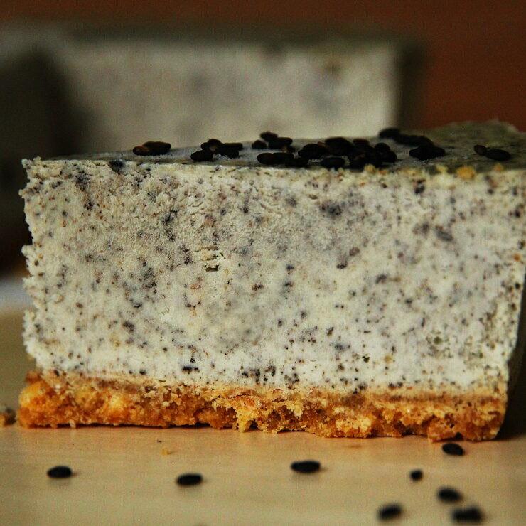 ~黑芝麻乳酪~重乳酪蛋糕 5.5吋 每盒8片 ~  好康折扣